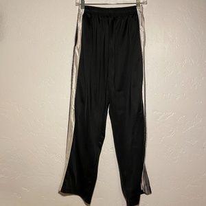 Energy Zone boys athletic pants, size XL (14-16).